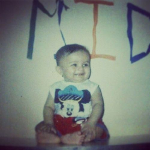 And after so many years after seeing this picture my mom compliments me to be the best baby ever.. And I would be a better kid for the movie *babies day out* :P Childhood memories relived ♥ Happychildren 'sday Childhood Bestmemories Misschildhood missthosedays