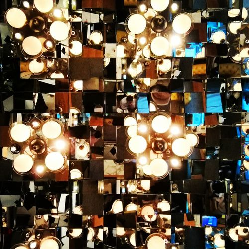 the mirror room Mirror Mirrorroom Reflection Pattern Abstract Ceiling Mirrored Look Up Lights Pretty