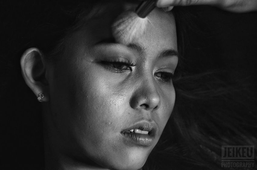 Studio Shot Human Face Black Background Beauty Portrait One Person Close-up Photoshoot Portrait Photography Monochrome Photography Indoors  Headshot Young Women Makeup