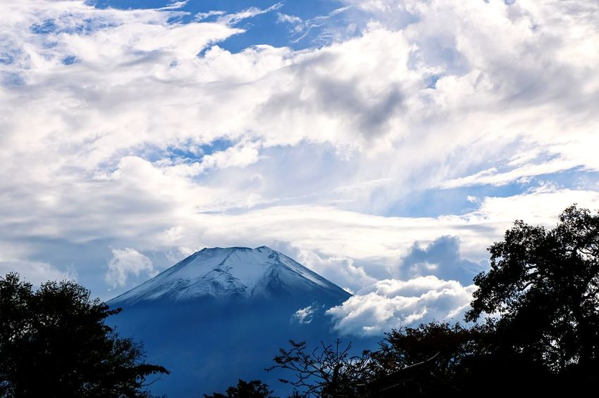 A Series Of Fuji Mountain's Picture -13 Autumn Fujimountain Mt.Fuji Mountain View Beautiful Nature Cloud Fujimountain Fuji Mountain EyeEm Best Edits Eye Em Nature Lover Natural Beauty
