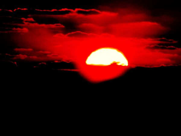 Sunrise Reshot Sun Morning Shy Early Sky Clouds Red Clouds Sunrisethismorning Nature Star Orange Red Space Atmosphere Weather Science God Moon Sun Clouds Moon Clouds Colorsky