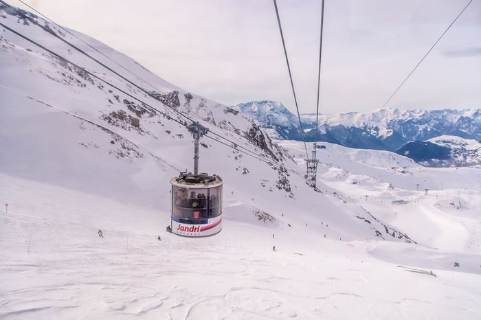 Winter Snow Cold Temperature Weather Nature Cable Mountain White Color Transportation Beauty In Nature Sky Scenics Outdoors Landscape Day Tranquility Tranquil Scene Ski Lift Overhead Cable Car Snowcapped Mountain France Les2alpes
