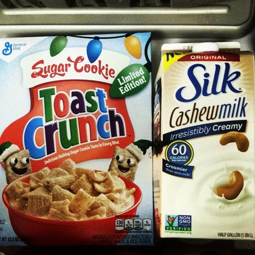 Breakfast is served Sugarcookie Toastcrunch Sugarcookietoastcrunch Holidays New Silk Cashew Milk Cashewmilk