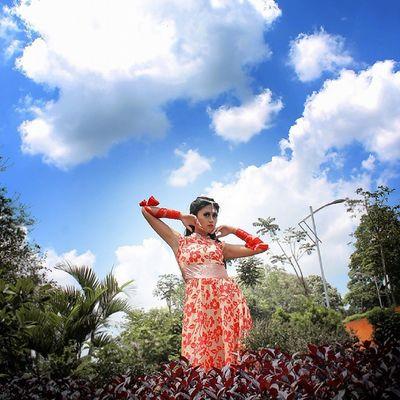 .:: above yhe sky ::. Kofaba Blue Sky Model hindiindiawardrobecleargoodcolourfulgreenredbeautylike
