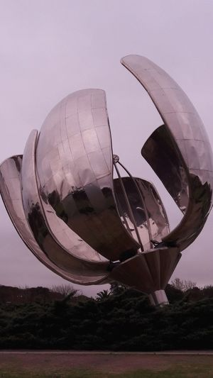 Floralis Generica Outdoors Arts Esculture Agentina Stories From The City Go Higher Inner Power EyeEmNewHere