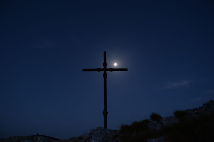 Cross of mount Pania under the moonlight. Cross Of Mount Pania Under The Moonlightnikon Nikonphotography Moon Underthemoonlight Night Friends Mountains Camping Lifetime Skyporn Trekking Point Of View Awesome Landscape Sky Pania Della Croce View Adventure Blue Sky