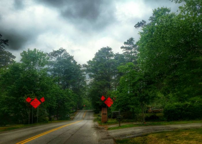 Road Closed 1000 FT -- road still closed; another example of the effects of October's historic flood. See my non-hdr edit here: @simplepoetography. The Photojournalist - 2016 EyeEm Awards Street Road Road Closed Streetphotography Street Photography The Street Photographer - 2016 EyeEm Awards HDR Hdr_Collection Hdr Edit Trees Sky Sky - Clouds Clouds And Sky Clouds Cloudporn Landscape Urban Nature Urban Nature Light And Shadow Moody Sky Atmospheric Mood Atmosphere Dramatic Sky