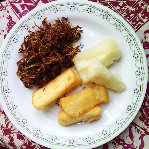 Malaysian Food - serondeng daging (spiced beef floss) & ubi kayu goreng/rebus (fried / boiled cassava) Food And Drink Plate High Angle View Ready-to-eat Close-up Food No People Batik Appetizer Dishes Tapioca Recipe