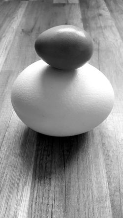 Indoors  No People Food Close-up Freshness Healthy Eating Life Before Birth Life Size Floor Photography Motherofeggs BIG Small Ostrich Ostrich Egg Chicken Egg Chicken Egg Shadow Hen Balance Blackandwhite Floor