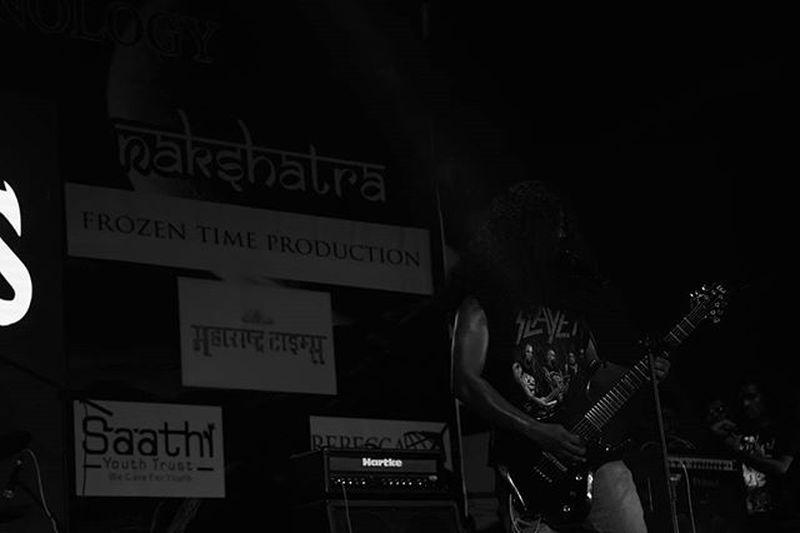 Travel Night Blackandwhite College Event Vcet Rockband Carnage Trashmetal Guitar Guitarist Messyhair Headbang Dance Fun Raiseurhand MAKESOMENOISE