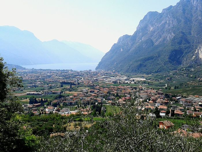 Lago di garda Mountain Sky Outdoors Mountain Range Cityscape Scenics Nature Summer ☀ Beauty In Nature Italy 🇮🇹 Lake
