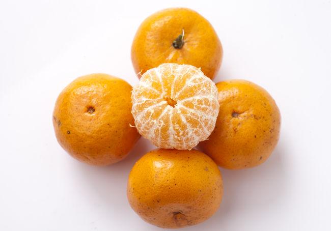 Close Up of Orange Fruit Citrus Fruit Close-up Food Food And Drink Freshness Fruit Healthy Eating No People Orange Orange Color Orange Fruit Studio Shot Tropical Fruit Vitamin C White Background