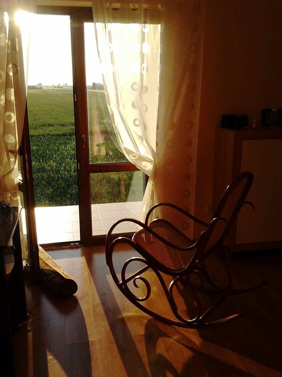 window, indoors, table, home interior, curtain, no people, day, sunlight, close-up