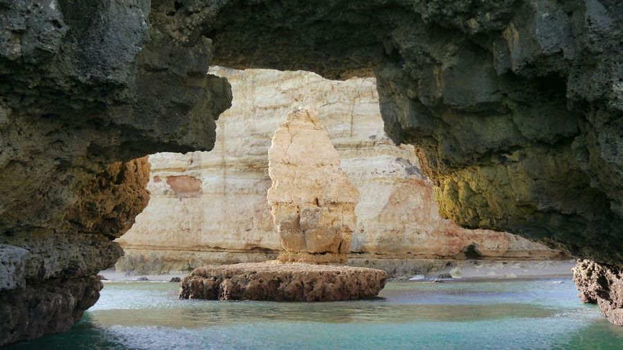 rock behind
