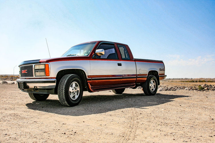 GMC 4x4 EyeEmNewHere GMC Truck Pickup Truck Classic Truck Heavy Duty Sand Car Sky 4x4 Off-road Vehicle Sports Utility Vehicle Vintage Car Motocross Road Trip Gearshift Tire Collector's Car Desert