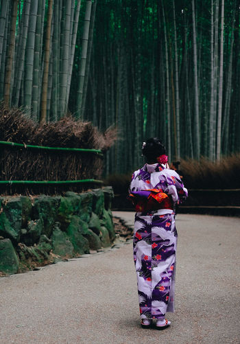 Kimono Lady EyeEm Best Edits EyeEm Best Shots EyeEm Best Shots - Nature EyeEm Nature Lover EyeEm Selects EyeEm Gallery EyeEmBestPics EyeEmNewHere Fashion Japan Japan Photography Japanese Culture Japanese Style Adult Clothing Forest Kimono Nature Outdoors People Women