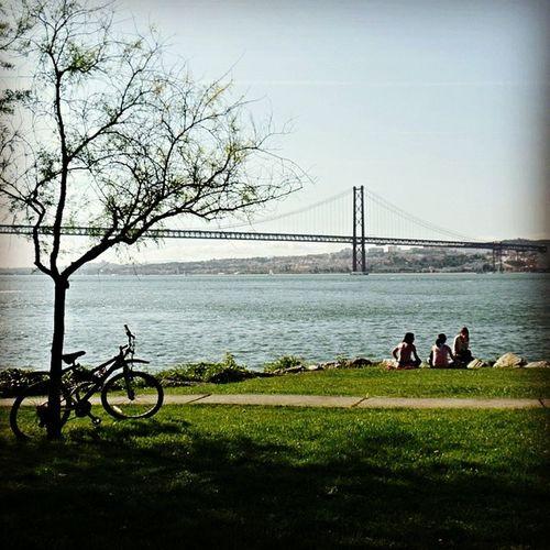 o encanto do rio tejo the charm of the tagus river [zona ribeirinha de almada] Encanto Rio Tejo Almada Lisboa Lisboapics Charming Charm Tagus River Lisbon