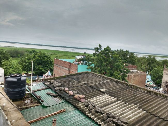 After rain scenes ❤ #beautiful #Scenic View #rain  #afterrain #myterrace Water Roof Sky Architecture Roof Tile