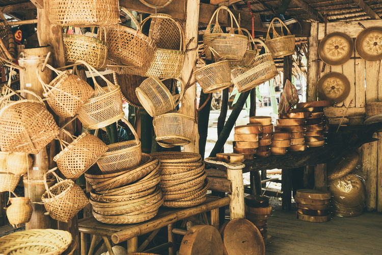 Large Group Of Objects No People Retail  For Sale Choice Variation Abundance Art And Craft Still Life Market Wicker Small Business Basket Market Stall Craft Collection Indoors  Business Container Arrangement Sale Retail Display Antique