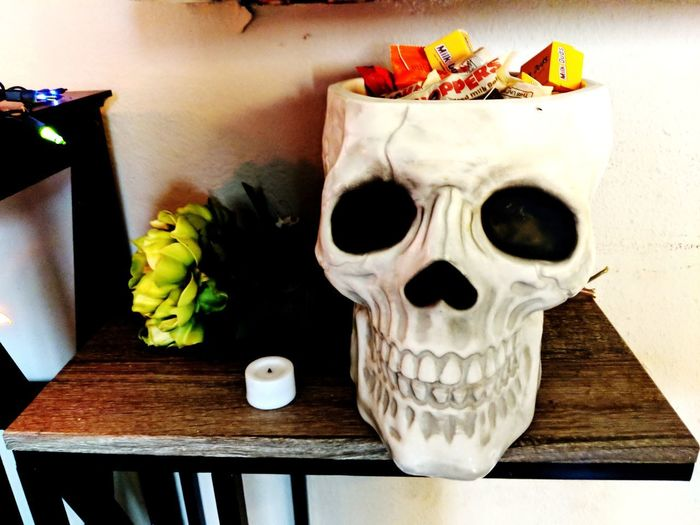 i can hardly wait for Halloween! i want all the candy!! Flower Table Vase Close-up