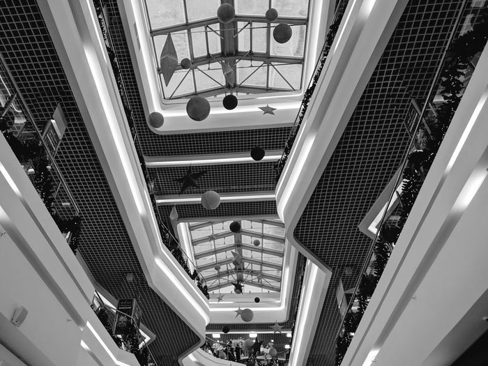 Mobile Photography Perspective Art And Architecture Ceiling Design Floor City Spiral Staircase Luxury Hotel Modern Illuminated Luxury Steps And Staircases Steps Staircase Hand Rail Architectural Design Architecture And Art Arched LINE Recessed Light Stairway Art Deco Ceiling Architectural Detail Building Atrium Skylight Light Fixture Architectural Feature Escalator