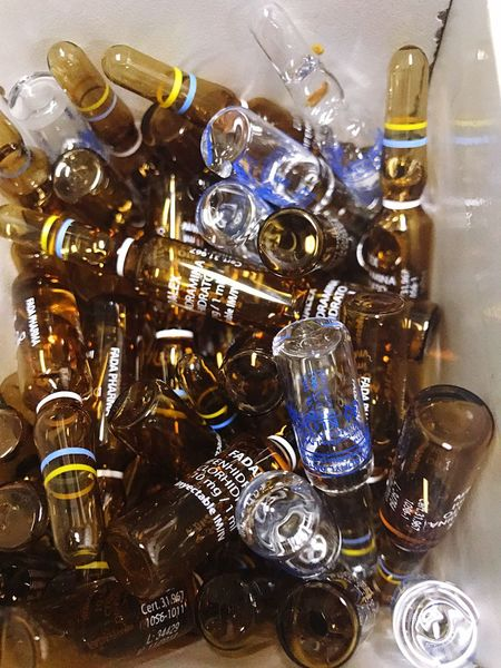 Bottle Drinking Glass No People Large Group Of Objects Indoors  Choice Alcohol Drink Liqueur Day Glass Ampoule Medical Medical Treatment Medicine Bottle Ampoule Ampolla Ampollas Medical Equipment Medicine Indoors  Close-up Healthcare And Medicine