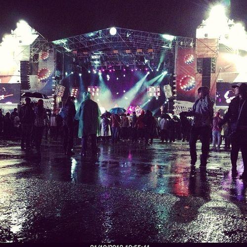 La ultima fecha del #pepsimusic explotó con lluvia!!! #popckorn estuvo ahí Instamood Buenosaires FotoDelDia Igers IGDaily Instagood Instagramhub Argentina Webstagram Iphoneonly Tweetgram Photooftheday Mobilephoto Instagram Iphonegraphy Picoftheday Bsasmobilephoto Popckorn Culturabaires Followback Bsas TBT  Pepsimusic