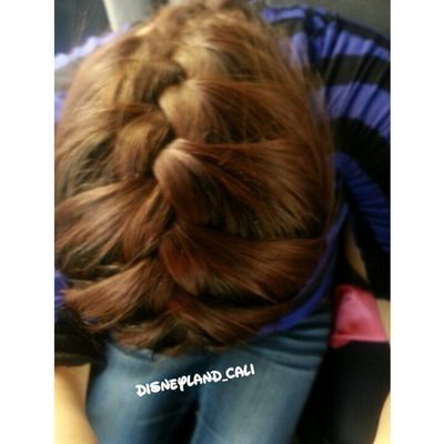 Frenchbraid! :). How does it look?? Disney Disneyland_cali Hair Braids frenchbraid havetocolorhairagain fun easy