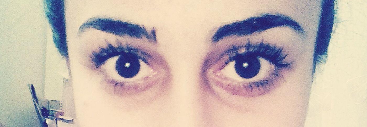 Gözler kalbin aynasıdır.. 👀