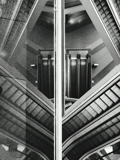 Simetry Reflections Black & White Black And White Stairways Arquitecture The Purist (no Edit, No Filter) The OO Mission Lines And Shapes Above And Beyond Deep Dizzy Connection Stairs Guarda, Portugal Know Your City Steps And Staircases HuaweiP9