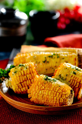 Food And Drink Food Freshness Corn Focus On Foreground Healthy Eating Vegetable Still Life Plate Wellbeing Sweetcorn Ready-to-eat Indoors  Table Selective Focus Serving Size Corn On The Cob Day Snack Temptation Grilled Cheese Mexican Food