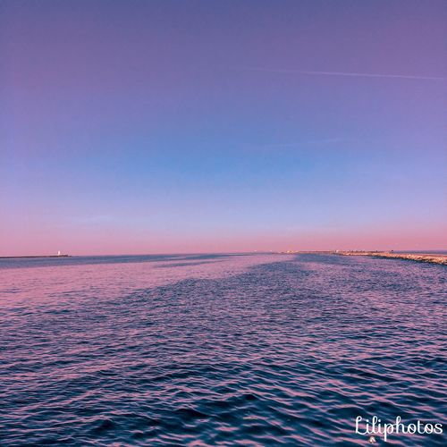 Beautiful day with friends!😛❤️ Sky Sea Sunset Scenics - Nature Water Beauty In Nature The Great Outdoors - 2018 EyeEm Awards Nature Horizon Over Water Beach Purple Blue Horizon