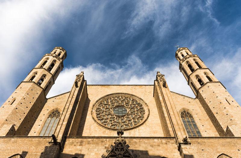 View of santa maria del mar church,barcelona