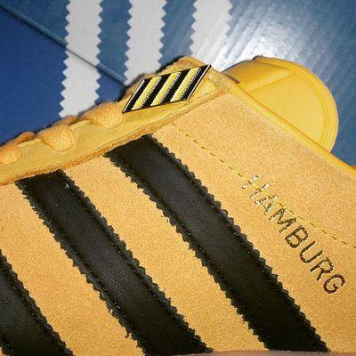 Adidashamburg Adidasbadge Ocdosser Adidas Thethreestripes Thebrandwiththethreestripes Trefoilonmyfeet