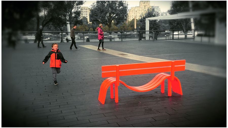 Red Outdoors Interactive Art Architecture Design Designer  Funky Town  Funky Seat Seating Blackandwhite Contrast Bench Thames Human Face London Lifestyle Cityscape Red Black & White Fun Happy Happy People Running Attraction Attraction Park