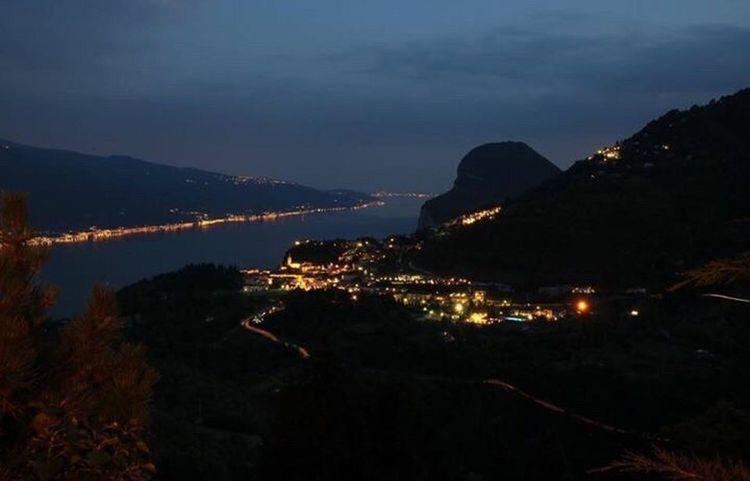Nightphotography Night Gardasee View Tremosine Italy Italien Nachtfotografie Nacht Nachtaufnahme Nachts Landscape Landscape_Collection Aussicht Italia Italy❤️ Italy🇮🇹 Italy Holidays Italy 🇮🇹 Italy Photos EyeEm Best Shots - Landscape