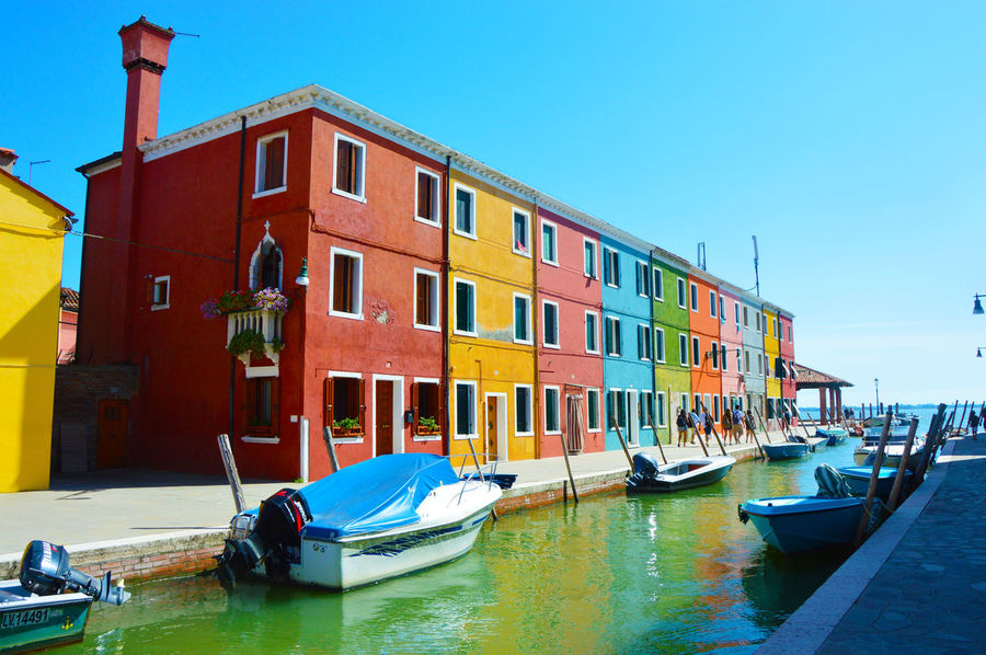 Colored houses Burano, Venice, italy Architecture Building Exterior Burano Burano Colored Houses Burano Colorful Burano Colorful Houses Burano Island Burano Italy Close To Venice . Perfect Place For Pastel Colors And Blue Sky . Dolce Vita Colourful Colourful Houses Old Houses Burano Venezia Burano Venice Burano, Italy Burano, Venice Burano, ıtaly Canal Venice Characteristic Houses Colored Colored Houses Colorful Houses Day Magic Atmosphere No People Outdoors Venezia Venice Venice, Italy Water EyeEmNewHere Adapted To The City