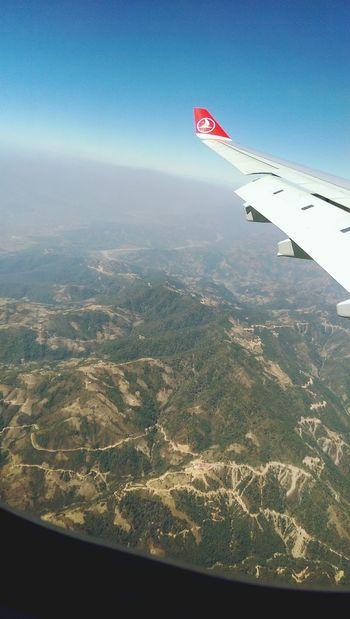 Im Anflug auf Kathmandu. From An Airplane Window Flying Flight Landscape Airplane Wing