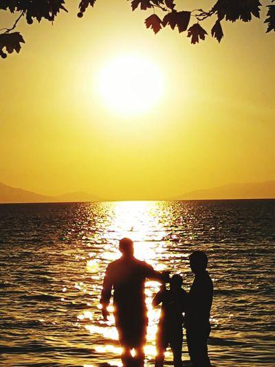 Iznik Iznik Bursa Göl Gün Batımı 🌅 Gunbatarken Gün Batımı Iznik Water Beach Sunset Sea