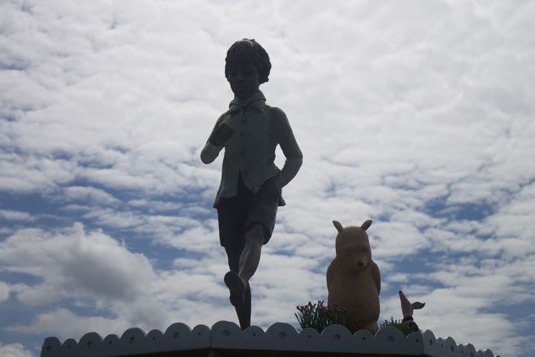 Christopher Robin  Display Dummies Flower Show Fluffy Clouds Sculpture Silhouette Silhouettes White