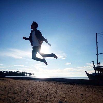 The anti-hero ___________________________________ Levitasi Levitation Ceritalevitasi Moorishsupply instasunda instagood livefolkindonesia liveauthentic