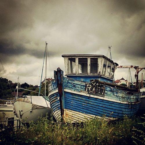 Tatty old boat