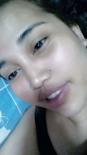 Recent photo for this year of first month. Boredom strikes again. But before going to sleep take some picture of me. 😄😆👅😪🌃📱📷 Simply Me Simplicity Ready For Bed Sleepytime Selfie ✌