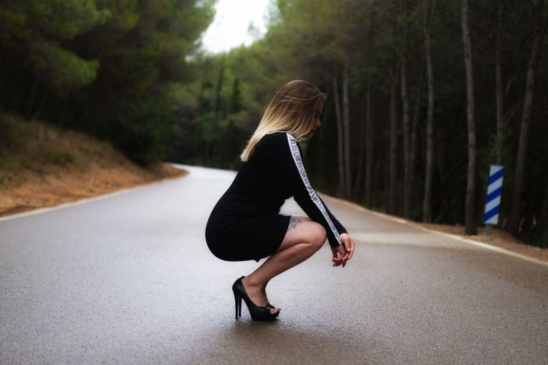 EyeEm Nature Lover EyeEm Selects Popular Photos Blond Hair Young Women Women Road