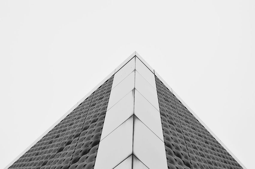 Low Angle View Architecture Built Structure Building Exterior Geometric Shape Angle Black And White Photography Graphic Modern Repetition Urbanexploration Urbanphotography Urban Geometry Architectural Exceptional Photographs Architecturelovers Architecturephotography Minimalobsession Minimalist Photography