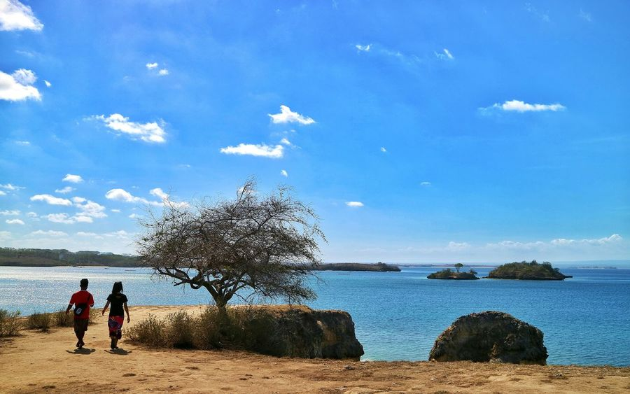 Beach Sea Adults Only Horizon Over Water Beauty In Nature The Week On EyeEm EyeEm Gallery EyeEm Best Shots EyeEm Selects First Eyeem Photo Beauty In Nature Indonesia_photography Eye4photography  Lombok Island Be. Ready. EyeEmNewHere