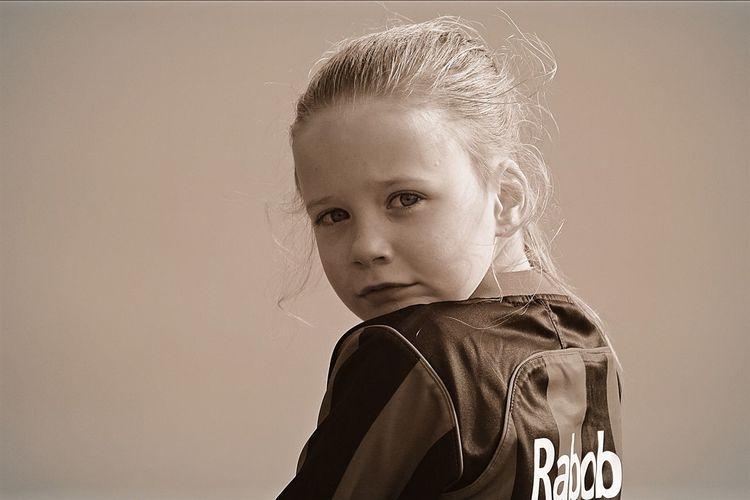 Girl Child Portrait Portrait Photography Black&white EyeEmBestPics EyeEm Gallery EyeEm Best Shots Blackandwhite Photography Blackandwhite Portraits Rabobank Rabo