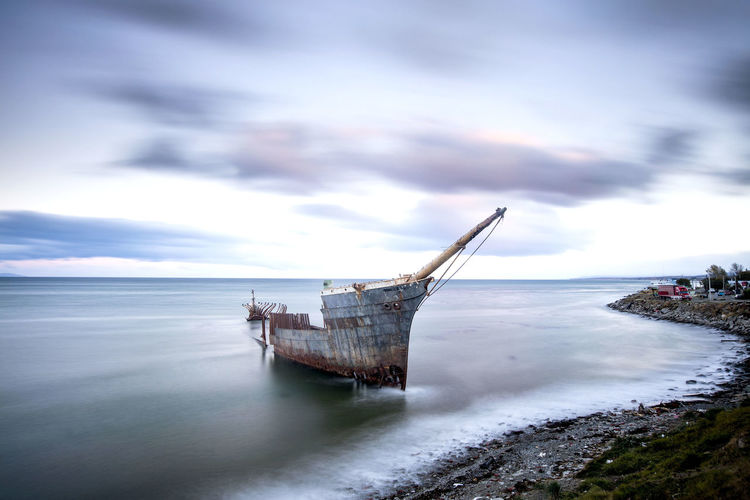 Long Exposure Leefilters Chile Chilean  Boat Ship Rotten Hull South America Nothingisordinary Oil Pump UnderSea Water Sea Nautical Vessel Business Finance And Industry Rotting Offshore Platform Sky Horizon Over Water Moored Mast Shipwreck My Best Photo