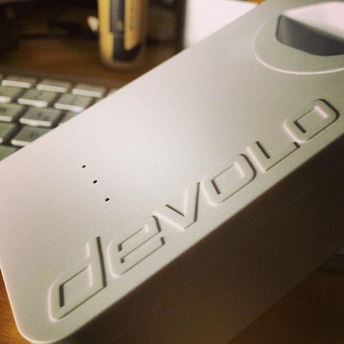 Optisch machen die neuen #Devolo #lan #dLAN650+ schon mal einen guten Eindruck. Auch wenn der nachträglich eingesetzte Schweizer Steckerplatz farblich etwas beisst. #vsco #vscocam #vscogood #internet #kabel #ethernet #speed #geschwindigkeit #netzwerk Internet Speed Vscocam VSCO Lan Kabel Vscogood Netzwerk Dlan650 Devolo Geschwindigkeit Ethernet