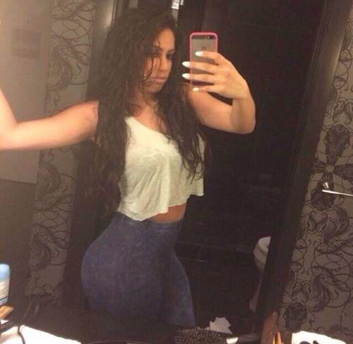 Girl Beauty That's Me Selfie